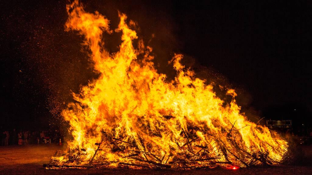 Weihnachtsbaum verbrennen