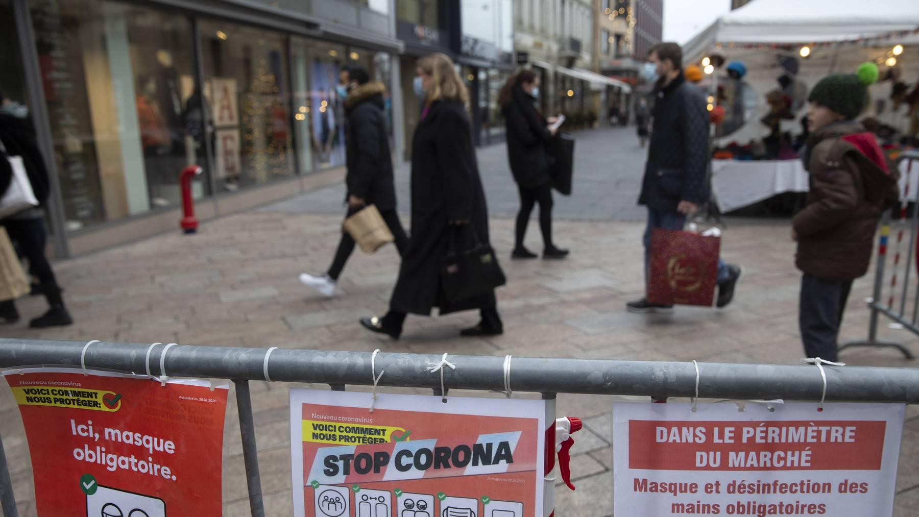 Sind sonntags künftig auch in Genf zu: Einkaufsläden in der Rhonestadt. Zudem müssen ab Mittwoch auch Restaurants schliessen.