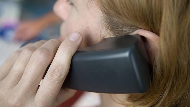 Die Telefonhilfe richtet sich an Menschen, die wegen der Corona-Pandemie psychische Probleme haben. (Symbolbild)