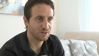 FCA-Captain Sandro Burki spricht zwei Tage nach dem groben Foul im Spiel gegen Luzern über seinen Gesundheitszustand, die Momente im Stadion und sein Gespräch mit dem Schiedsrichter.