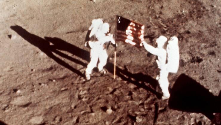 """Die Apollo-11-Astronauten Neil Armstrong und Edwin E. """"Buzz"""" Aldrin waren am 20. Juli 1969 die ersten Menschen auf dem Mond. (Archiv)"""