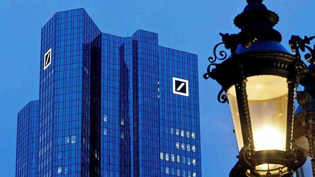 Gericht: Die Deutsche Bank muss Kundenunterlagen zum US-Präsidenten Donald Trump und seiner Familie herausrücken. (Archivbild)