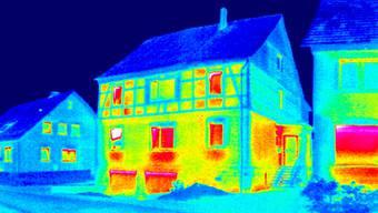 Mit dem Geld aus dem Baselbieter Energiepaket werden Private bei energetischen Gebäudesanierungen unterstützt.