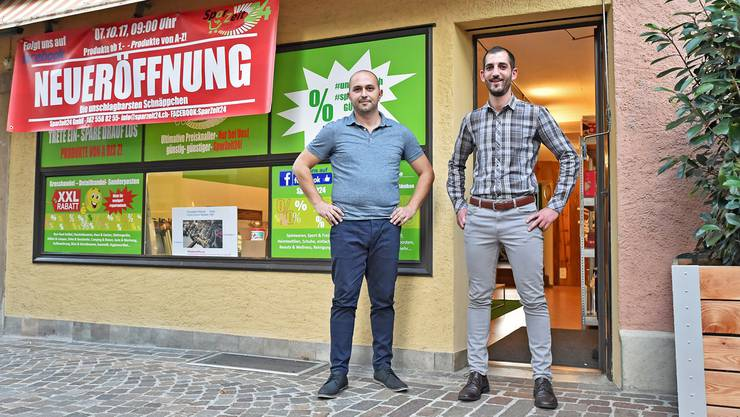 Bei Miljan Savović und Patrick Gülsen an der Zielempgasse 14 kommen Schnäppchenjäger auf ihre Kosten.