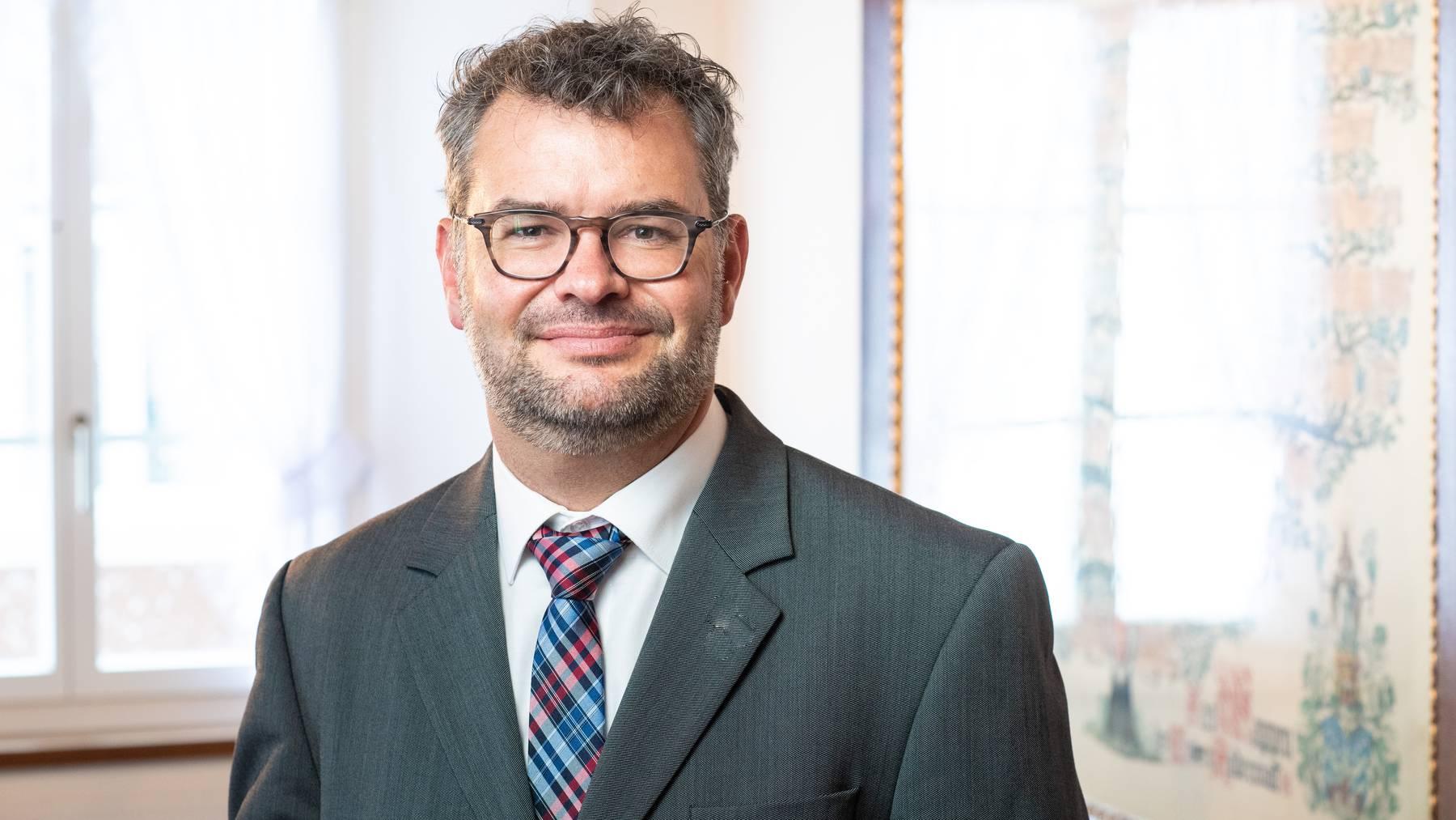 UR: Drei FDPler sollen Regierungssitze verteidigen
