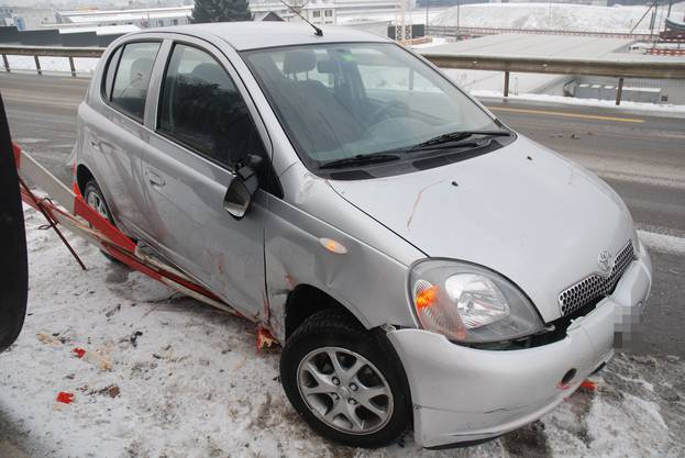 In Schönenwerd verlor eine Lenkerin in einer Linkskurve die Kontrolle über ihr Fahrzeug.