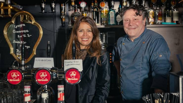 Garry Müller schwingt neu den Kochlöffel im «Story»-Pub in Urdorf. Wirtin Sandra Gehrer stellte ihn ein, um frischen Wind in die Küche zu bringen.