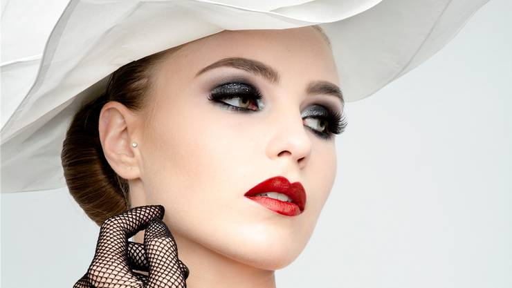 Das Schweizer Model Pascale Vögeli mit dem nominierten Make-up von Alexandra Keller.