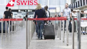 In den ersten neun Monaten flogen rund 4,3 Millionen Passagiere mit der Swiss. Das sind deutlich weniger als noch im Vorjahr.