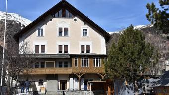 Sorgt in Lenzburg seit Jahren für Diskussionen: Das Ferienhaus der Stadt in Samedan. Bild: zvg