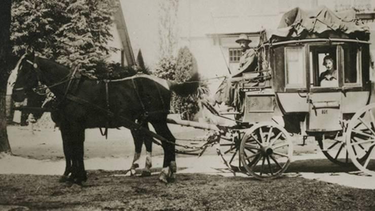 Bei der Suche nach Zeitzeugen stiess das OK «750 Jahre Wolfwil – Wolfül» auf ein Bild mit der letzten Postkutsche von Wolfwil. Aufnahmejahr und Fotograf sind nicht bekannt.