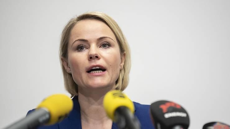 Wenn der Bund den Spitälern das Operieren verbiete, müsse er auch für die Ausfälle aufkommen: Gesundheitsdirektorin Natalie Rickli (SVP). (Archivbild)