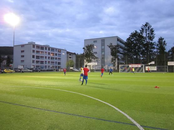 Das Warm machen vor dem Spiel FC Frenkendorf : Virtus Liestal 2
