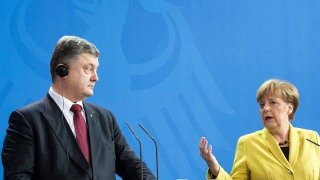 Angela Merkel und Petro Poroschenko am Montag in Berlin