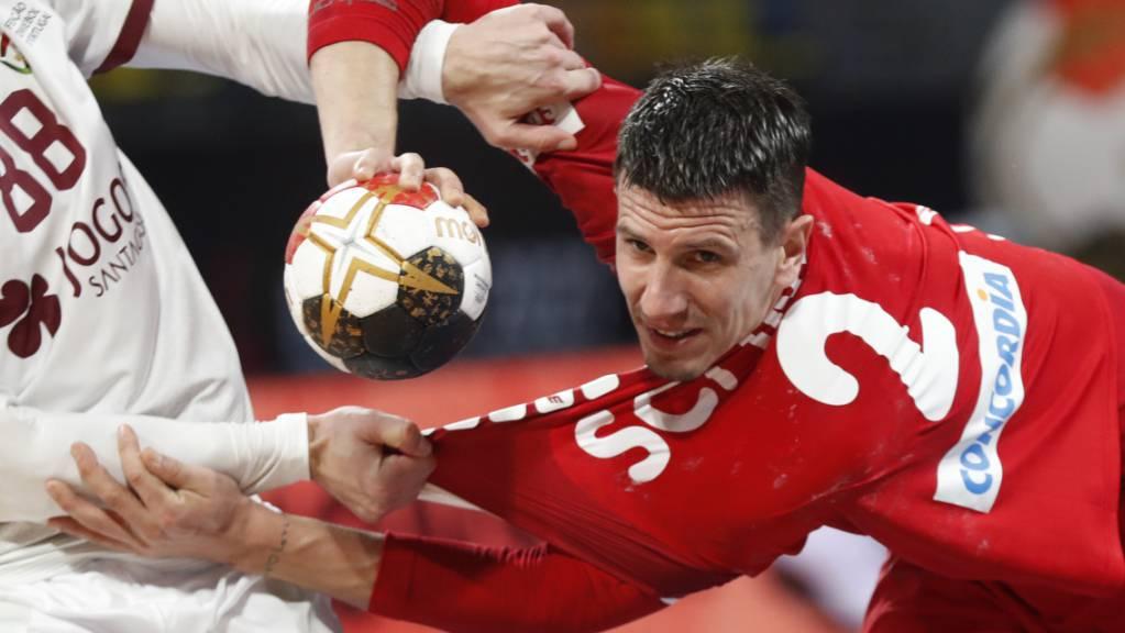 Trotz viel Zupfen und Reissen gelangen Andy Schmid gegen Portugal wieder 11 Tore