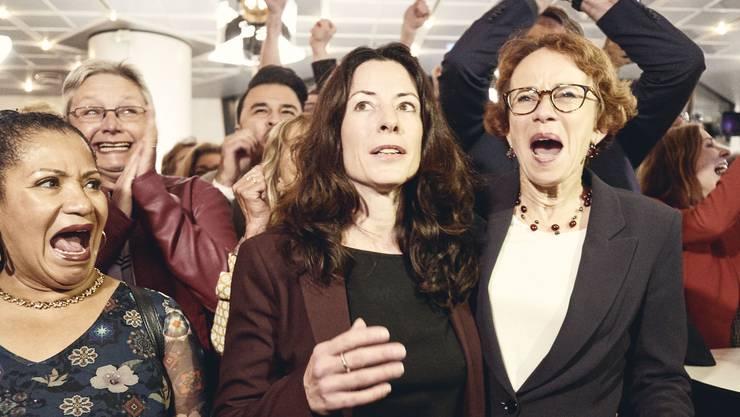 Jubel bei den SP-Frauen: Tanja Soland löst Eva Herzog im Basler Regierungsrat ab.