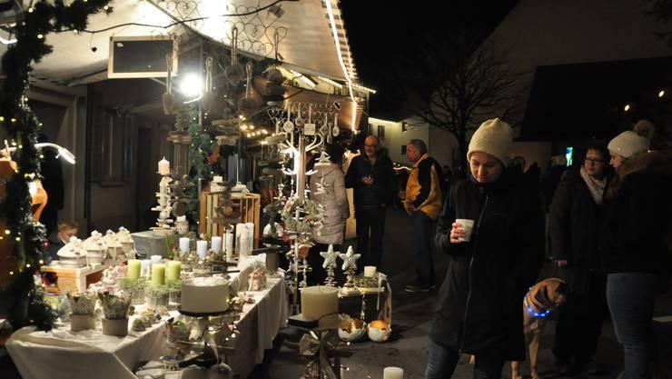 Impressionen vom Klingnauer Chlausmarkt – klicken Sie sich durch die Galerie.