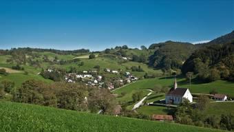 Blick über die Gemeinde Densbüren, die auf der Verwaltung ihre PC-Arbeitsplätze erneuert.