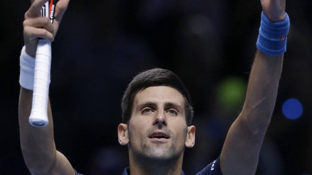 Novak Djokovic erreicht am Masters mit einer makellosen 3:0-Bilanz die Halbfinals vom Samstag.