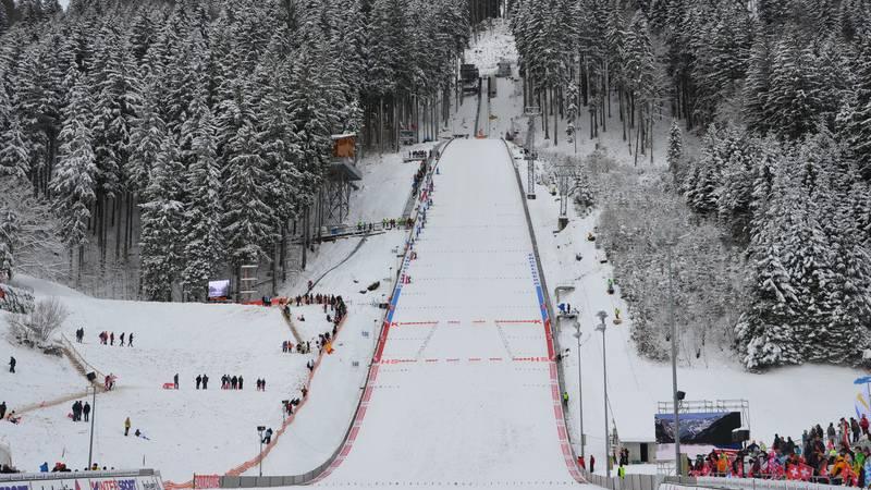 11'000 Fans am Skispringen in Engelberg