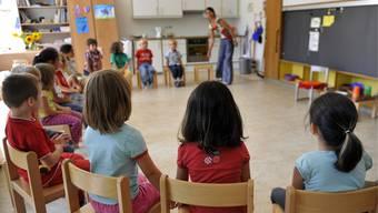 Die Kinder können im Kindergarten Mundart reden.