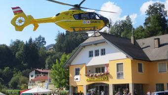 Helikopter brachten die Verletzten ins Spital