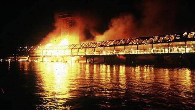 Die Kapellbrücke brannte lichterloh