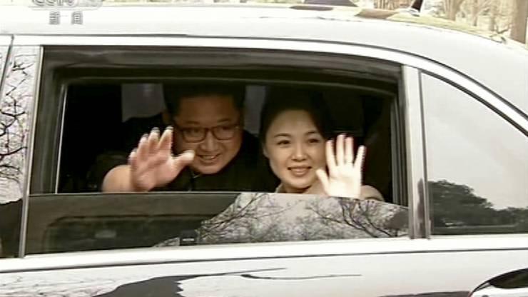 Der nordkoreanische Diktator und seine Frau während ihres China-Besuches.