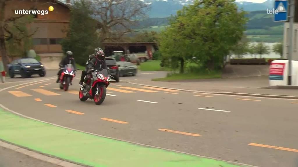 mit dem Motorrad