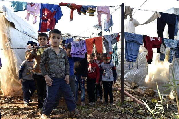 Viele Flüchtlinge leben in improvisierten Camps