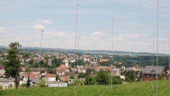 Mittlerweile sind die Bauprofile an der Wasenhalde in Laufenburg entfernt, die neue Eigentümerin Ernst Frey AG plant den Baustart für das erste Halbjahr 2014. sh/archiv