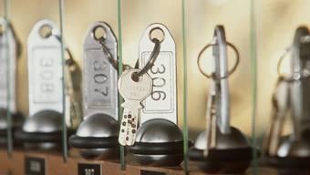 Hotelschlüssel an der Reception (Archiv)