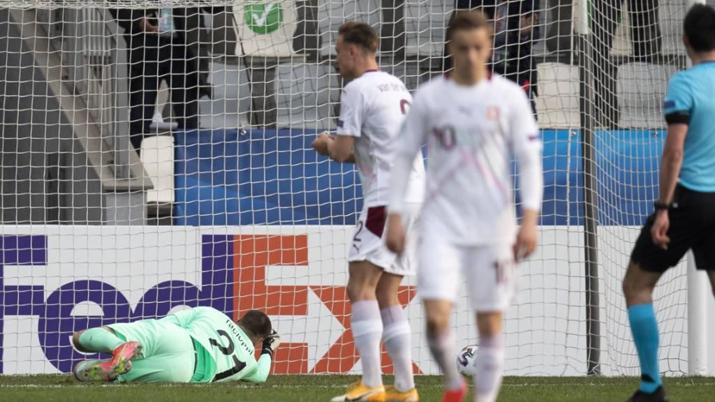 Goalie Anthony Racioppi legt den Kroaten den Führungstreffer mit einem missglückten Befreiungsschlag auf