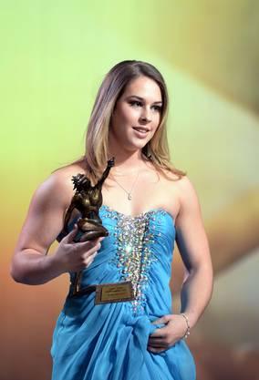Als zweiter Turnerin nach Ariella Kaeslin wurde der 19-jährigen Ostschweizerin Giulia Steingruber die Ehre zuteil, zur Schweizer Sportlerin des Jahres gewählt zu werden. Die Europameisterin und WM-Vierte am Sprung hat ein fast perfektes Jahr hinter sich.