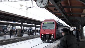 Die Kälte macht den SBB-Zügen zu schaffen. (Archiv)