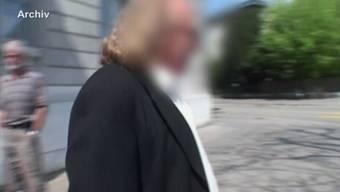 Dem Endinger Sektenguru droht eine Gefängnisstrafe von 12 Jahren plus Verwahrung. (Archiv)