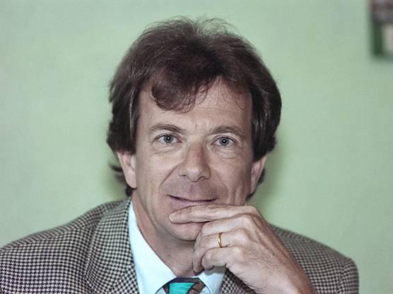 Der Jurist war früher Mediendirektor der Fifa und Wahlhelfer von Ex-Präsident Sepp Blatter. 2003 wurde er entlassen und analysiert seither in den Medien diverse Fifa-Themen.