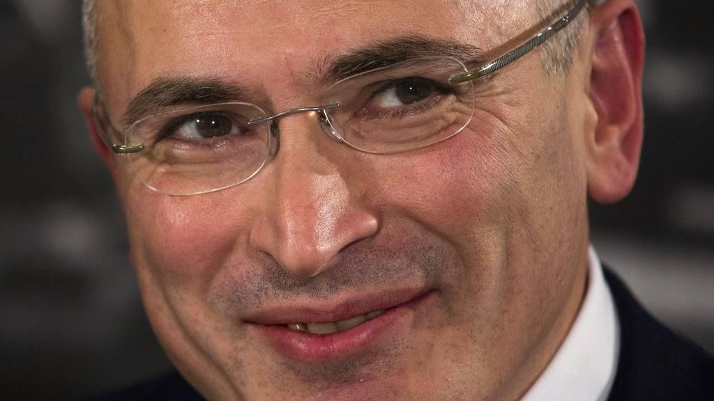 Ex-Ölmanager Chodorkowski kritisiert Russlands Präsidenten Putin öffentlich.