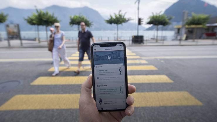 Im Tessin – im Bild Lugano – führen drei Coronafälle zu 150 Personen die sich in Quarantäne begeben müssen. (Symbolbild)