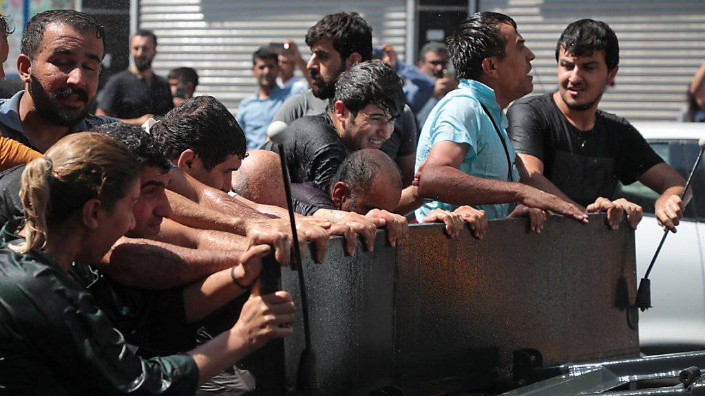 Protestdemonstration in der südosttürkischen Kurdenmetropole Diyarbakir.