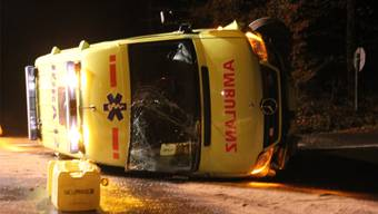 Die Ambulanz kollidierte ausserhalb von Schafisheim mit einem Auto