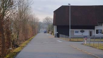 Beispiel Einmündung Bachstrasse in die Wengistrasse: Die geltende Vortrittsregelung wird aufgehoben und durch Rechtsvortritt ersetzt.