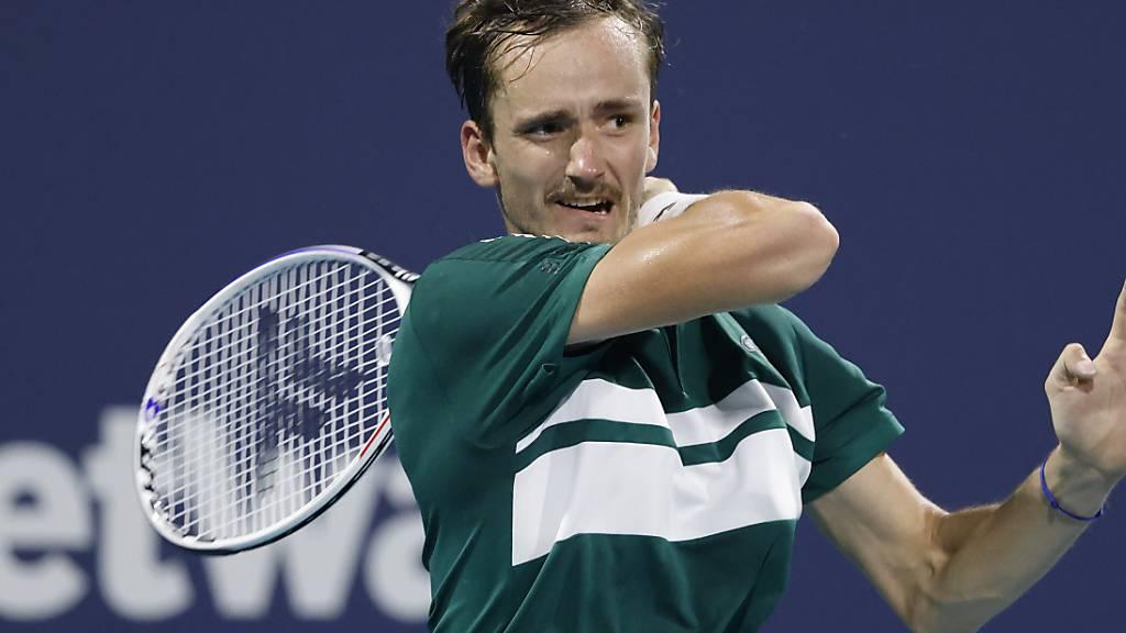Topgesetzter Medwedew scheitert im Viertelfinal