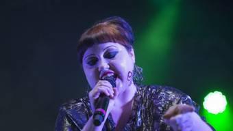 Beth Ditto ist eine leidenschaftliche Häkeltante: Hinsichtlich der anstehenden Geburten in ihrem Umfeld, hat die US-Sängerin aktuell vor allem Babyprojekte am Laufen. (Archivbild)