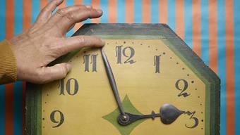 Zweimal im Jahr werden die Uhren heute umgestellt. Das will eine Initiative ändern. (Symbolbild)