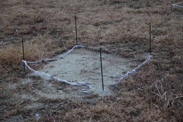 Hier wurde eine Bodenprobe entnommen