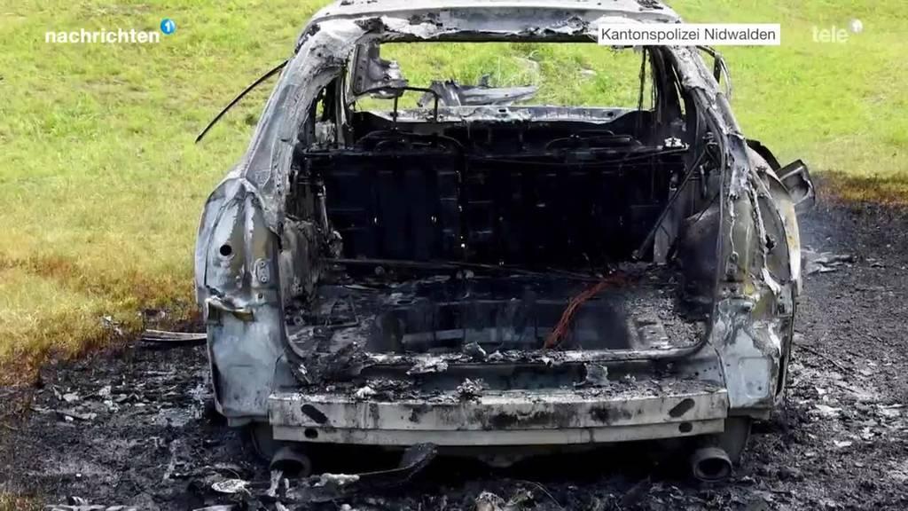Kleinkind bei Autobrand in Emmetten schwer verletzt