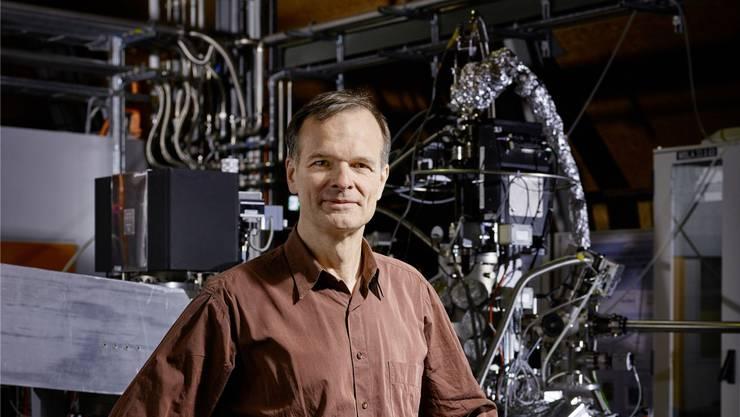 Gabriel Aeppli ist Photonenforscher am Paul-Scherrer-Institut und Mitglied des ausgezeichneten Forschungsprojekts.