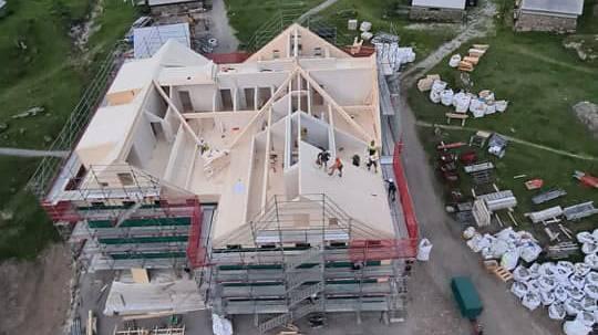 16 Tage nach letztem Gast: Neues Berggasthaus auf der Meglisalp steht
