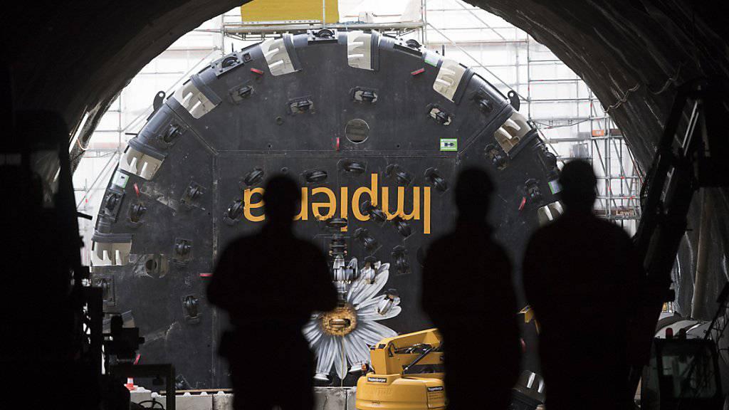 Der Baukonzern Implenia soll mit Partnern den Flughafen le Bourget an das Pariser Metro-Netz anbinden. Zu den Bauarbeiten gehört auch ein sechs Kilometer langer Tunnel. (Symbolbild)